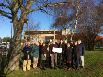 Chichester carol singers raise £2,895 for Stonepillow!